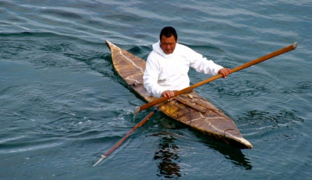Kayak adalah pengangkutan masyarakat untuk mencari ikan
