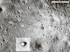 Gambar Kesan Retakan Bulan